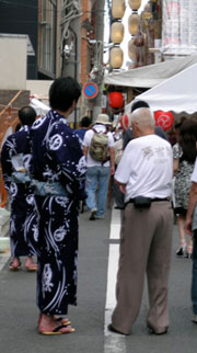 supervising the construction of the Gion Matsuri floats
