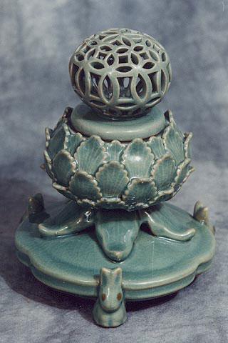 Lotus shaped incense burner, Koryo Museum, Kyoto, Japan