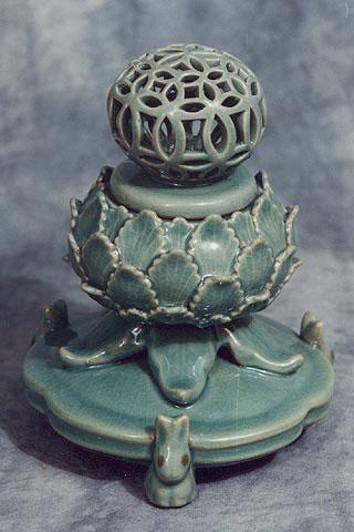 Lotus shaped incense burner, Koryo Museum, Kyoto, Japan